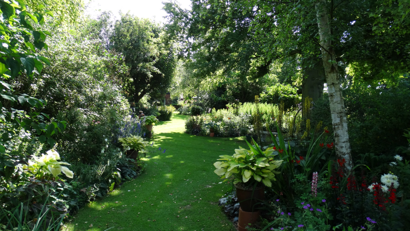 co-durham-helmingham-gardens-033