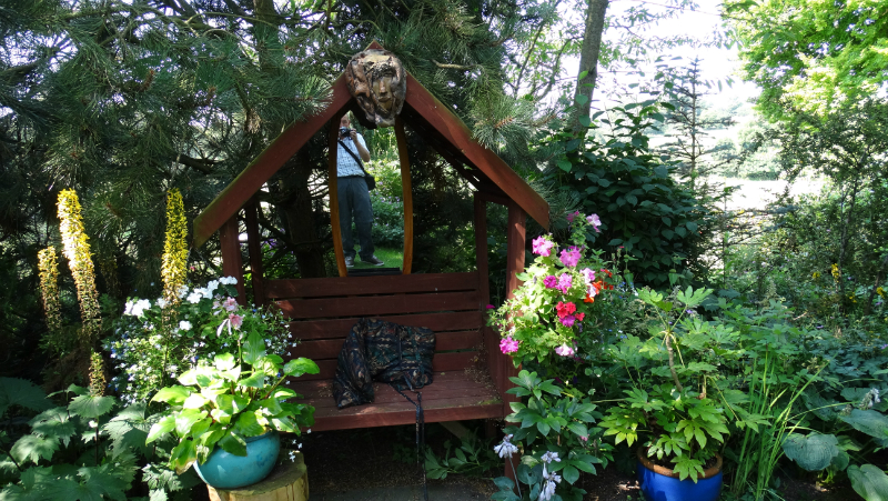 co-durham-helmingham-gardens-044